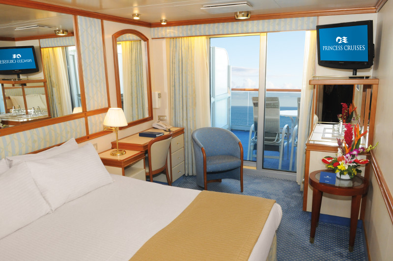 Golden Princess Balcony Stateroom